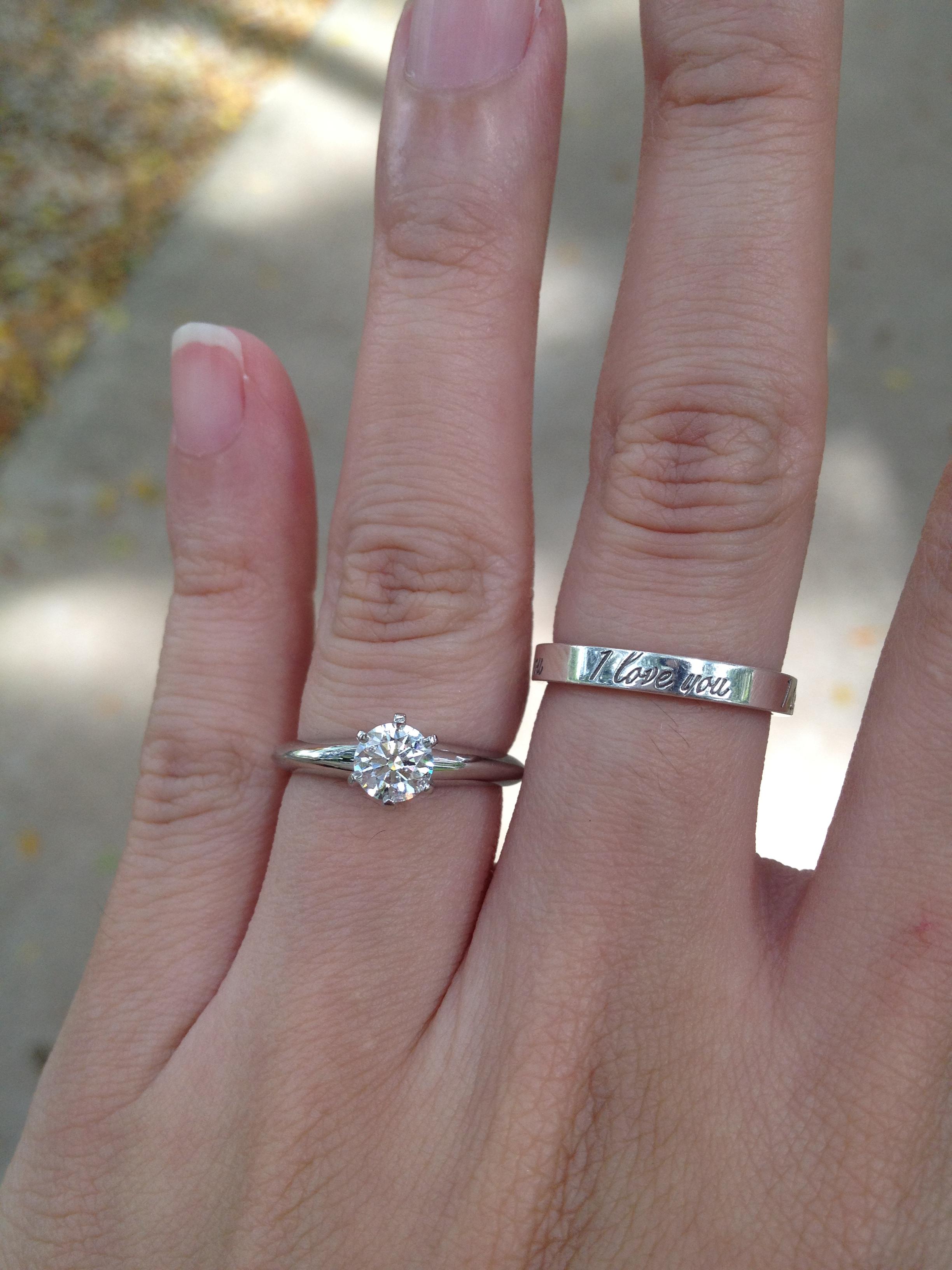 01e8ae93bd16 ... Costco piensan realmente que estaban comprando un anillo de Tiffany  ¿O  es sólo otra demanda frívola destinada a preservar la estatura de la  joyería de ...